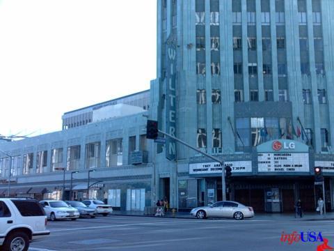 Hollywood Cinema Makeup School